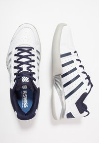 K-SWISS - RECEIVER IV CARPET - Carpet court tennis shoes - white/navy - 1