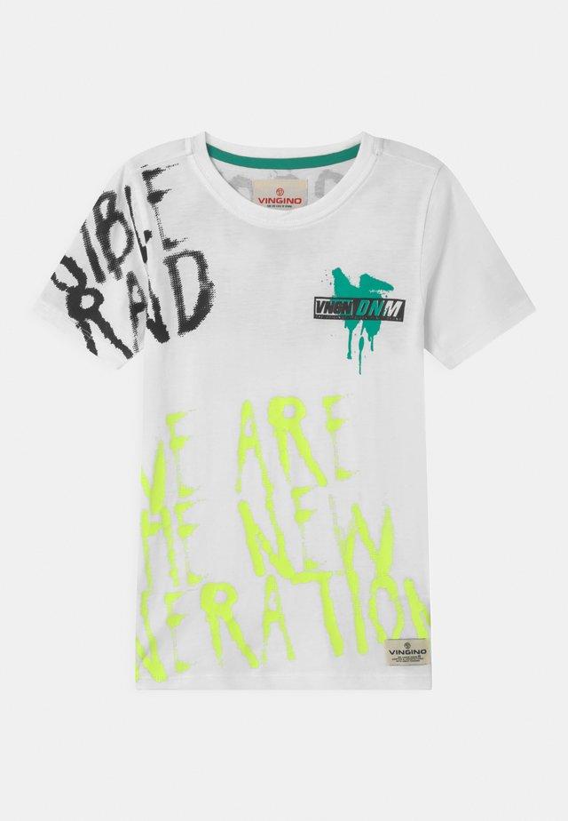 HEXUP - T-shirts print - real white