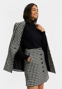 WE Fashion - JACQUARD PIED DE POULE  - Blazer - black - 3