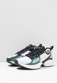 Reebok - SOLE FURY TS - Sports shoes - white/black/green - 2
