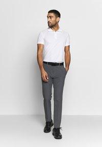 Cross Sportswear - CLASSIC - Koszulka sportowa - white - 1