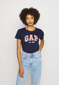 GAP - OUTLINE TEE - T-shirt z nadrukiem - navy uniform - 0