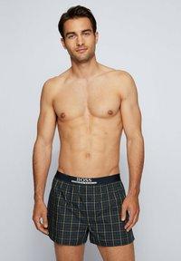 BOSS - PACK OF 2 - Pyjama bottoms - yellow/dark blue - 1