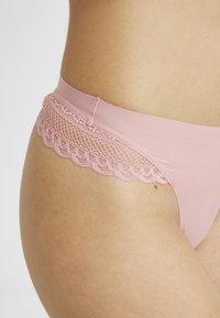 AMOSTYLE - SIGNATURE SMOOTH STRING - String - shell pink - 4