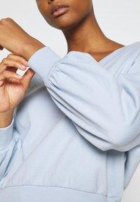 Even&Odd - Balloon sleeve V neck - Sweatshirt - blue - 5