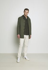 Selected Homme - SLHREGHENLEY CAMP - Overhemd - deep forest - 1
