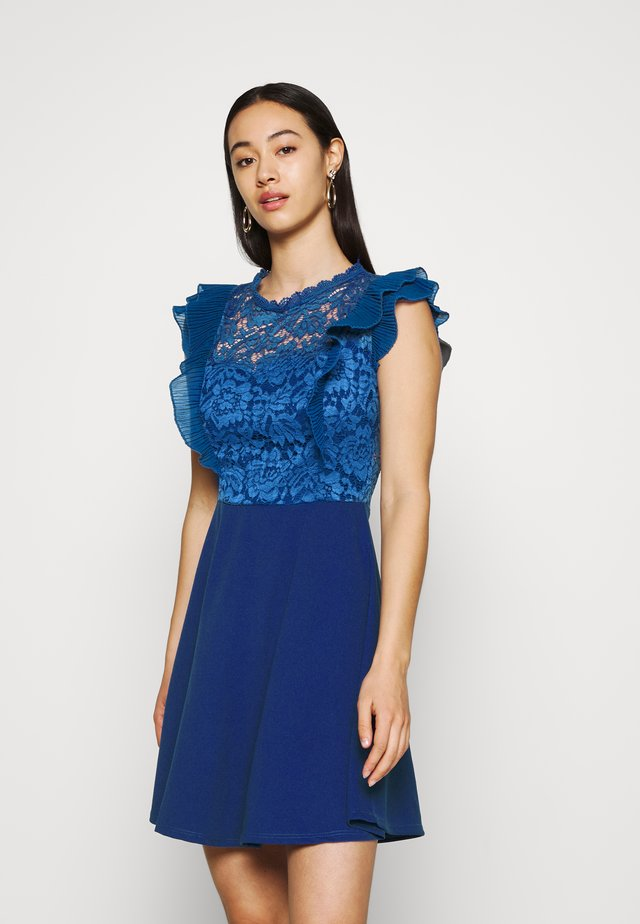 HUMERA LACE SKATER DRESS - Jerseyjurk - electric blue