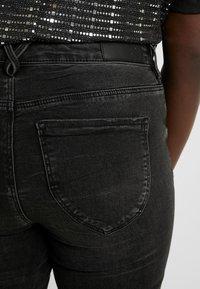 Vero Moda Curve - Jeans Skinny - black - 5