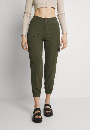 ONLARIS LIFE PANT - Cargo trousers - kalamata