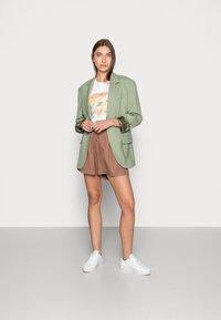 ARKET - Shorts - brown - 1
