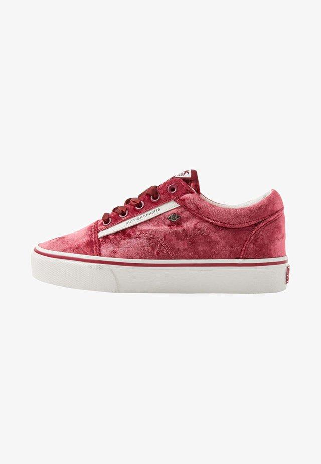 MACK - Matalavartiset tennarit - pink
