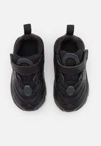 Nike Sportswear - AIR MAX EXOSENSE - Sneakers laag - black/off noir - 3