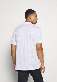 Nike Golf - DRY VAPOR - Funkční triko - white/white - 2