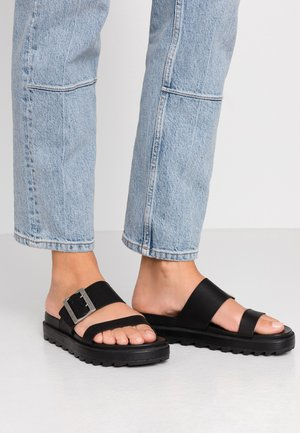 ROAMING BUCKLE SLIDE - Sandaler - black