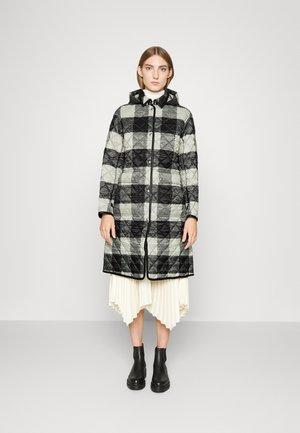 OVERCOAT INSULATED COAT - Cappotto invernale - black/white