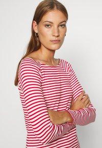 edc by Esprit - FEMINIE  - Long sleeved top - red - 4