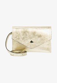 RISA - Bum bag - gold - 1