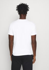 Champion - LEGACY CREWNECK - T-Shirt basic - white - 2