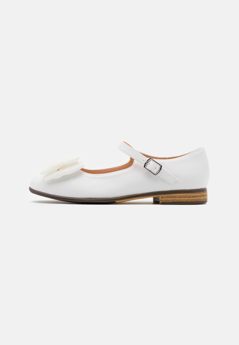 Friboo - Ankle strap ballet pumps - white
