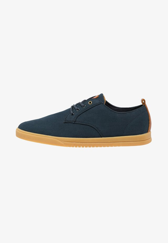 ELLINGTON - Matalavartiset tennarit - deep navy