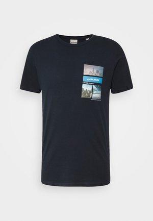 JCOCOOL YODA TEE  - T-shirt imprimé - navy blazer