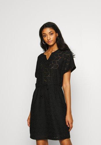 JDYTAG BELT DRESS - Jumper dress - black