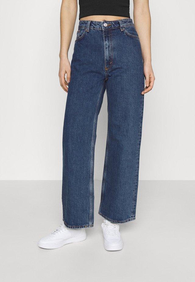 YOKO CROPPED LA LUNE - Jeans Skinny Fit - blue medium