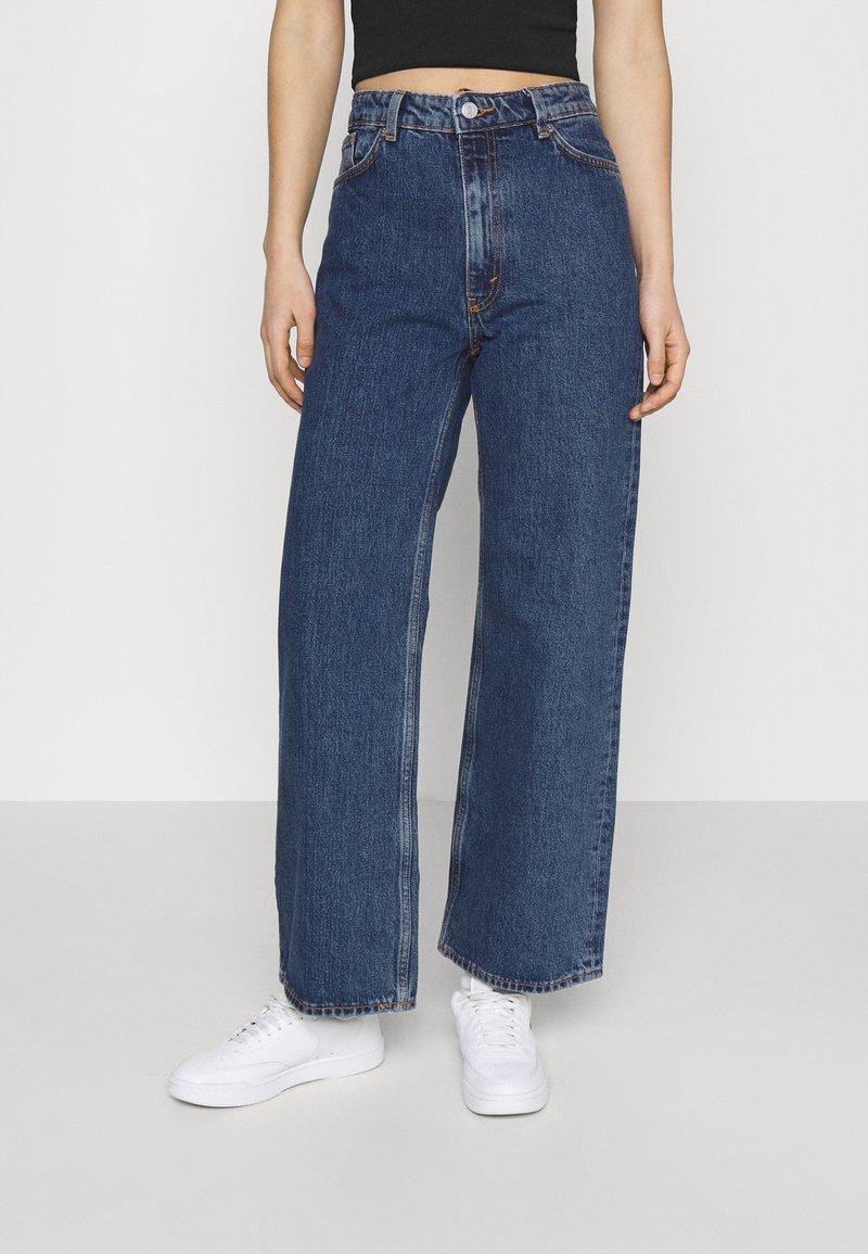 Monki - Jeans Skinny Fit - blue medium
