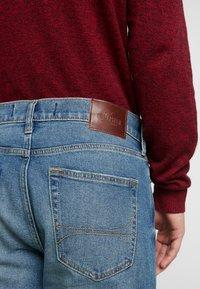 Hollister Co. - Zúžené džíny - medium - 5