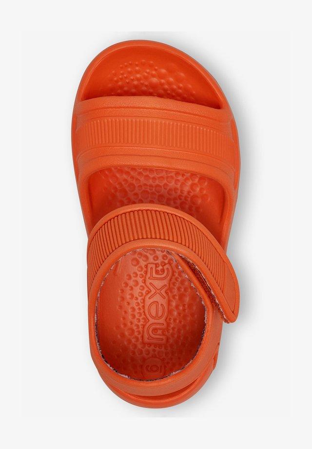 (YOUNGER) - Pool slides - orange