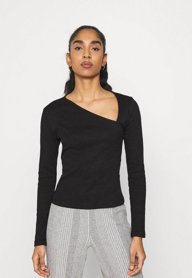 ASYMMETRIC NECKLINE - T-shirt à manches longues - black