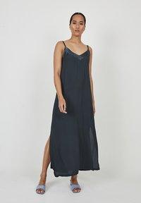 Dioxide - Maxi dress - antracita - 0