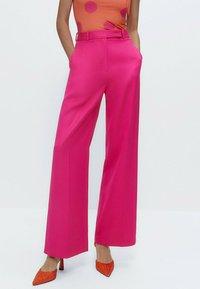 Uterqüe - Trousers - pink - 0