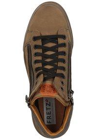 Fretz Men - Sneakersy niskie - fango - 1