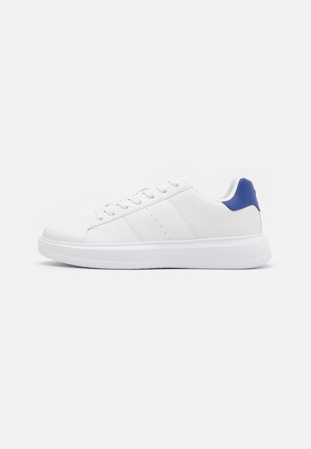 UNISEX - Sneakers - white/blue