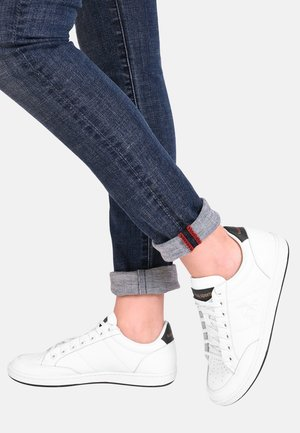 COURT CLAY  - Zapatillas - white