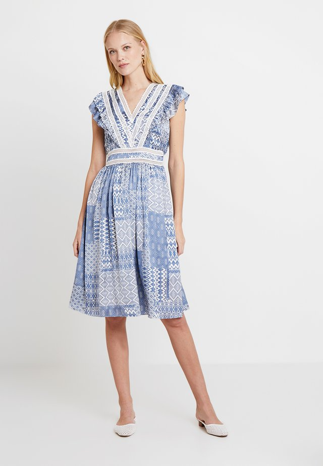 SIREN - Day dress - light blue
