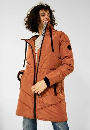 IN STEPP OPTIK - Winter coat - braun