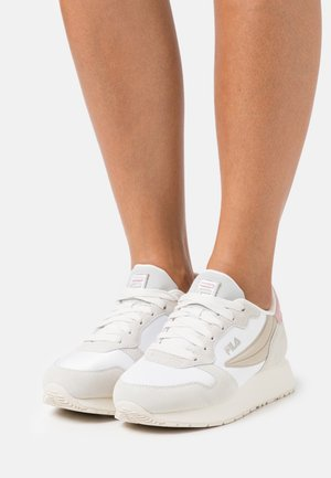 RETROQUE  - Sneakers basse - white/marshmallow