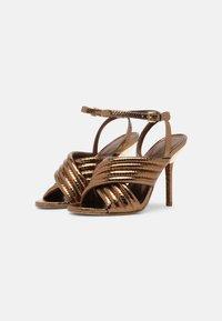 MICHAEL Michael Kors - ROYCE - Sandaalit nilkkaremmillä - dark bronze - 2
