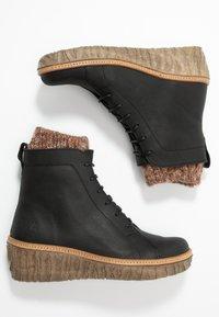 El Naturalista - MYTH  - Wedge Ankle Boots - pleasant black - 3