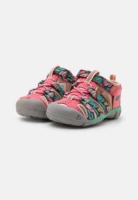 Keen - SEACAMP II CNX UNISEX - Walking sandals - tea rose/peach pearl - 1
