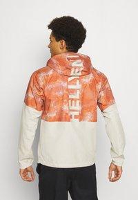 Helly Hansen - PURSUIT JACKET - Outdoor jacket - patrol orange - 2