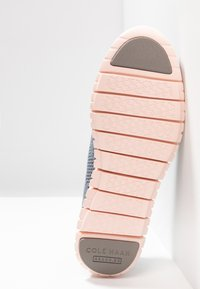 Cole Haan - ZEROGRAND STITCHLITE OXFORD - Sneaker low - ironstone/tropical peach - 6