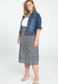 Paprika - A-line skirt - marine - 3