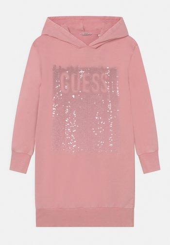 JUNIOR HOODED DRESS - Vestito estivo - pop gum pink