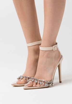 RASSEL - Zapatos altos - clear/nude
