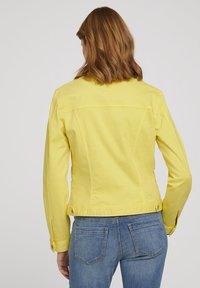 TOM TAILOR - MIT KNITTERDETAILS - Denim jacket - smooth yellow - 2
