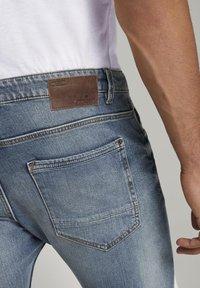 TOM TAILOR - Slim fit jeans - mid stone bright blue denim - 3