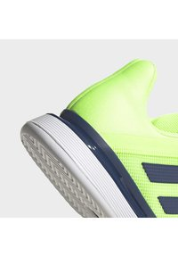 adidas Performance - SOLEMATCH BOUNCE HARD COURT SHOES - Clay court tennis shoes - green - 6